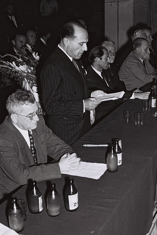 Grossman Propes Begin 1949