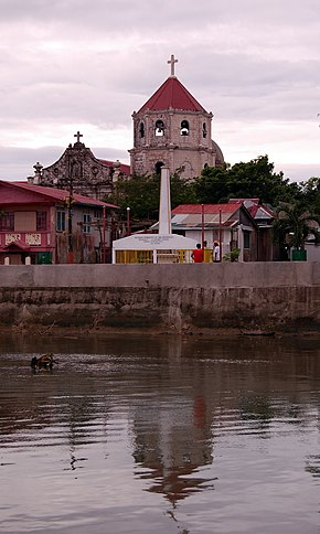 Gumaca Cathedral exterior.jpg