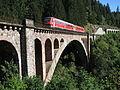 Gutachbrücke mit VT 611.JPG