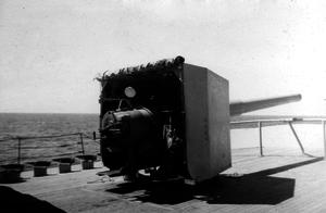 BL 6-inch Mk VII naval gun - Aboard HMCS ''Prince David'' circa 1941