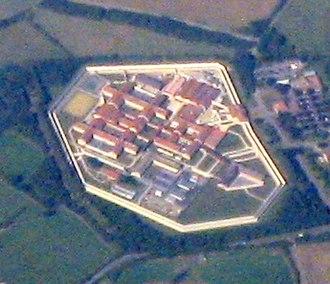 HM Prison Bullingdon - Image: HM Prison, Bullingdon geograph 3640850 (cropped)