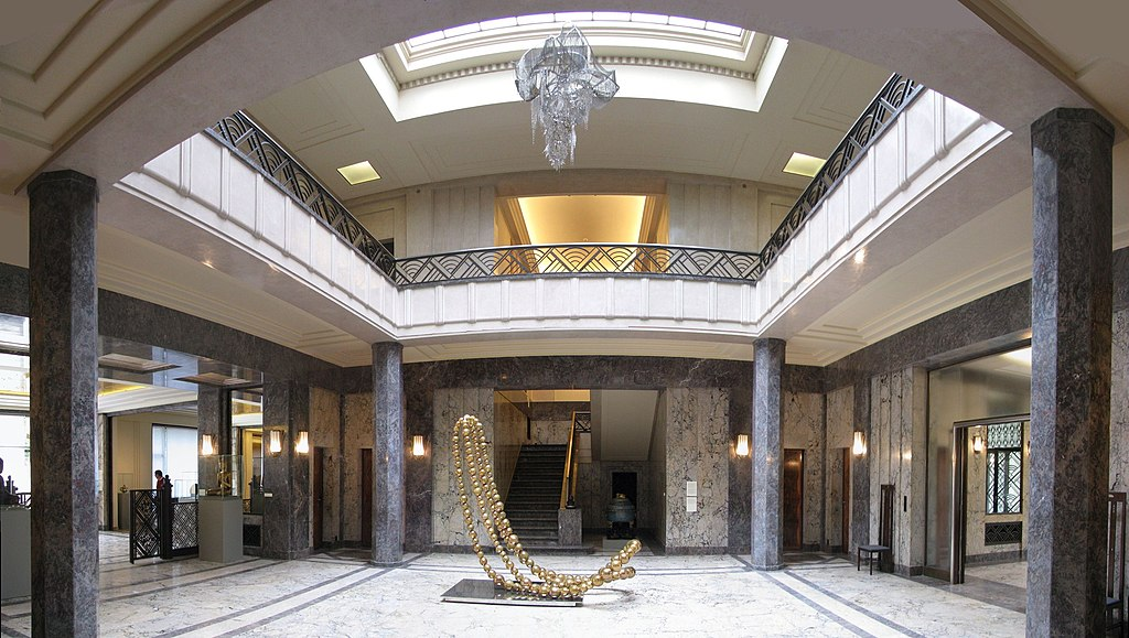 Hall de la Villa Empain - avenue Roosevelt - panoramio