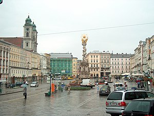Hauptplatz in the rain HPIM6557 C.jpg