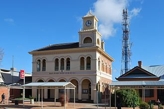 Hay, New South Wales - The Hay Post Office in Lachlan Street (built in 1881)