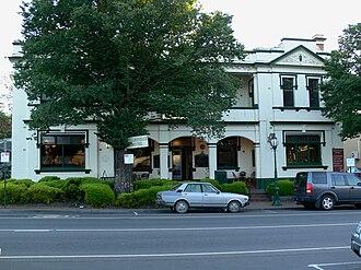 Healesville, Victoria - Image: Healesvillehotel 07