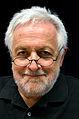 Henryk M. Broder, hier zur Lesung in der Reihe ZU GAST BEI DECIUS, Marktstraße 52 in Hannover am 5. September 2013.jpg