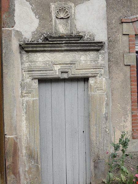 Herbéviller (M-et-M) dessus de porte maison
