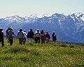 Hikers Hurricane Ridge people cortneyHR2 (22453408493).jpg