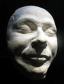 La maschera mortuaria di Himmler.