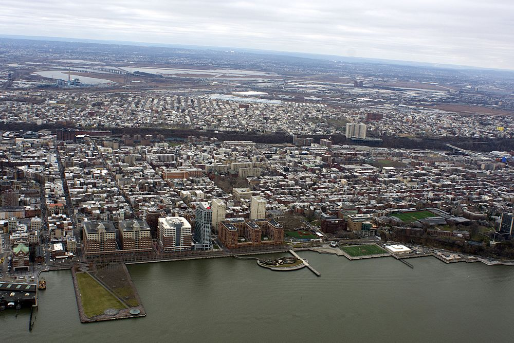 The population density of Hoboken in New Jersey is 9653.47 people per square kilometer (25002.5 / sq mi)