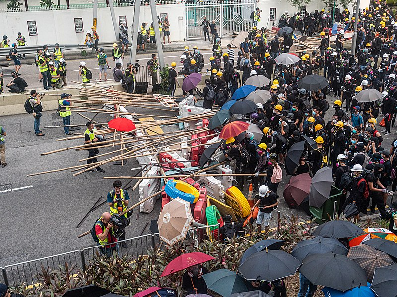 Hong Kong protests - Kwong Tong March 20190824 - P1066342.jpg