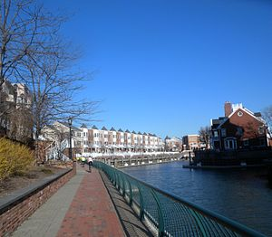 Port Liberté, Jersey City - Condos, canal and HRWW