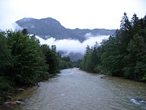 IMG 0845 - Obertraun - Looking east.JPG