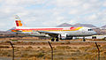 Iberia A320 EC-HUJ (4185938760).jpg