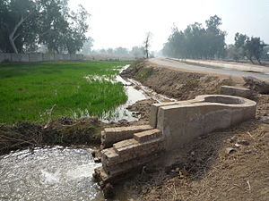 Sadhar - Image: Irrigation canals in Faisalabad