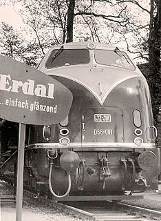 Krauss-Maffei ML 2200 CC German 6-axle, 2200-hp diesel-hydraulic locomotives