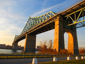 蒙特利尔: Jacques Cartier Bridge 2
