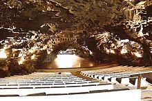 Cueva de los verdes wikipedia la enciclopedia libre - Se puede banar en los jameos del agua ...