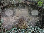 Jena Johannisfriedhof Knebel.jpg