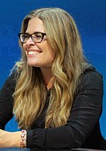 A photo of Jennifer Lee at D23 Expo in 2015.