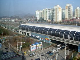 Dongducheon seen frae Jihaeng Station