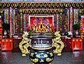 Jiufen Zhaoling Temple Innen 1.jpg