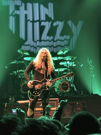 John Sykes fronting the reformed version of Thin Lizzy in 2007 John Sykes with Thin Lizzy 2007.jpg