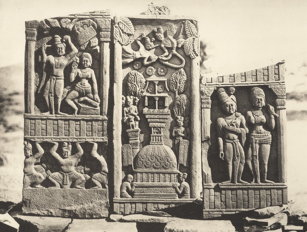 KITLV 87926 - Unknown - Relief on the Bharhut stupa in British India - 1897.tif