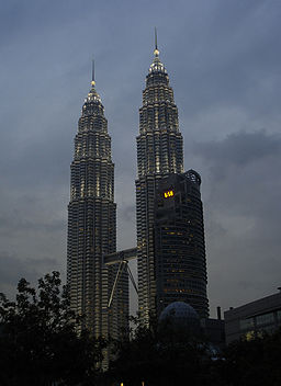 KL-Petronas Towers at dusk