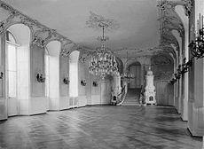 Karlsruhe Schloss Erdgeschoss - Turmfluegel Gartensaal Ansicht nach Sueden.jpg
