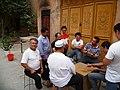 Kashgar old town Uyghurs (2).jpg