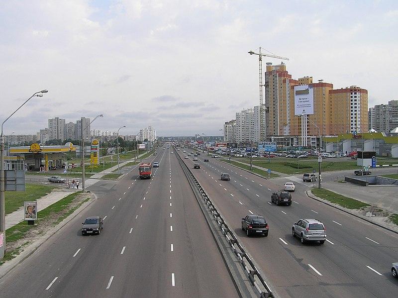 Файл:Kiew prospBazhanaOst.jpg