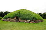 Knowth02.jpg