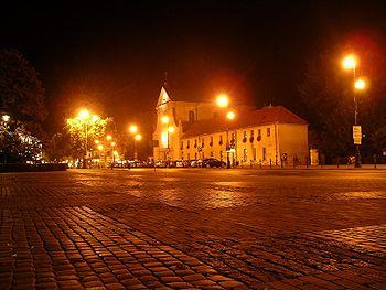 Polski: Kościół Kapucynów św. Piotra i Pawła