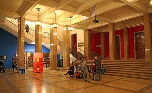 Kraków, Gmach Główny Muzeum Narodowego - fotopolska.eu (255212)