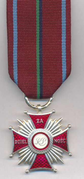 Cross of Merit for Bravery (Poland) - The current version of the Cross of Merit for Bravery