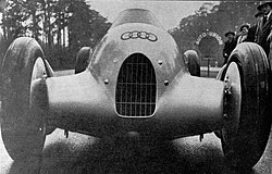 L'Auto-Union 1935 GP, de face (Auto Union Type B).jpg