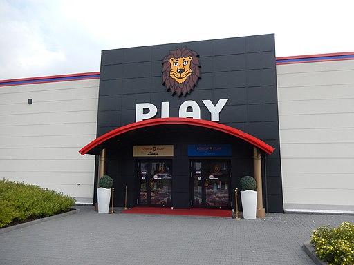 Löwen Play in Empelde 8098