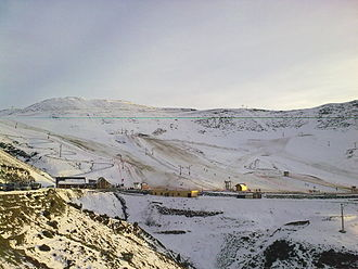 Hautacam - Image: La station de ski Hautacam (dep.65)