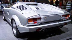 Vista posterior del Lamborghini Countach 25º Aniversario.