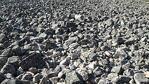"""English: Former coast stones in Lauhanvuori National Park, Isojoki, Finland. The place is called """"Kivijata"""". Suomi: Kivijata eli pirunpelto Lauhanvuoren kansallispuistossa Isojoella, Suomessa."""