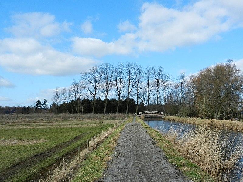File:Leebeek - panoramio.jpg