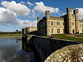 Leeds Castle - IMG 3133 (13249570955).jpg