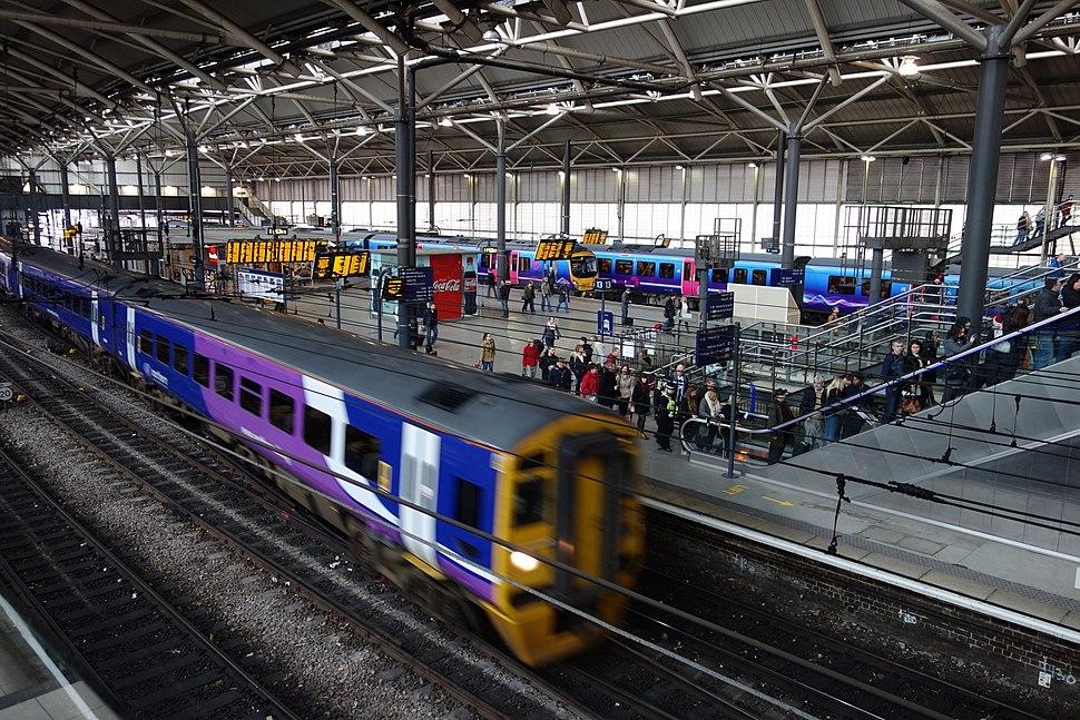 Leeds city railway station
