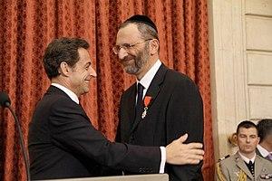 Gilles Bernheim - Bernheim receives the Légion d'honneur in 2009