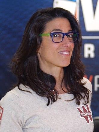 Leo Margets una de las mujeres campeonas de póker