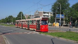 HTM Personenvervoer - Image: Lijn 16.3048.Loevesteinln .2013