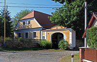 Litichovice, old farm.jpg
