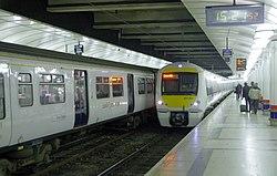Liverpool Street station MMB 32 357201 321357.jpg