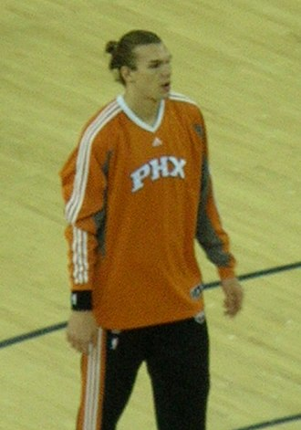 Lou Amundson - Amundson with the Suns in 2009